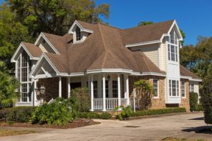 Roof Maintenance Checklist for the Fall